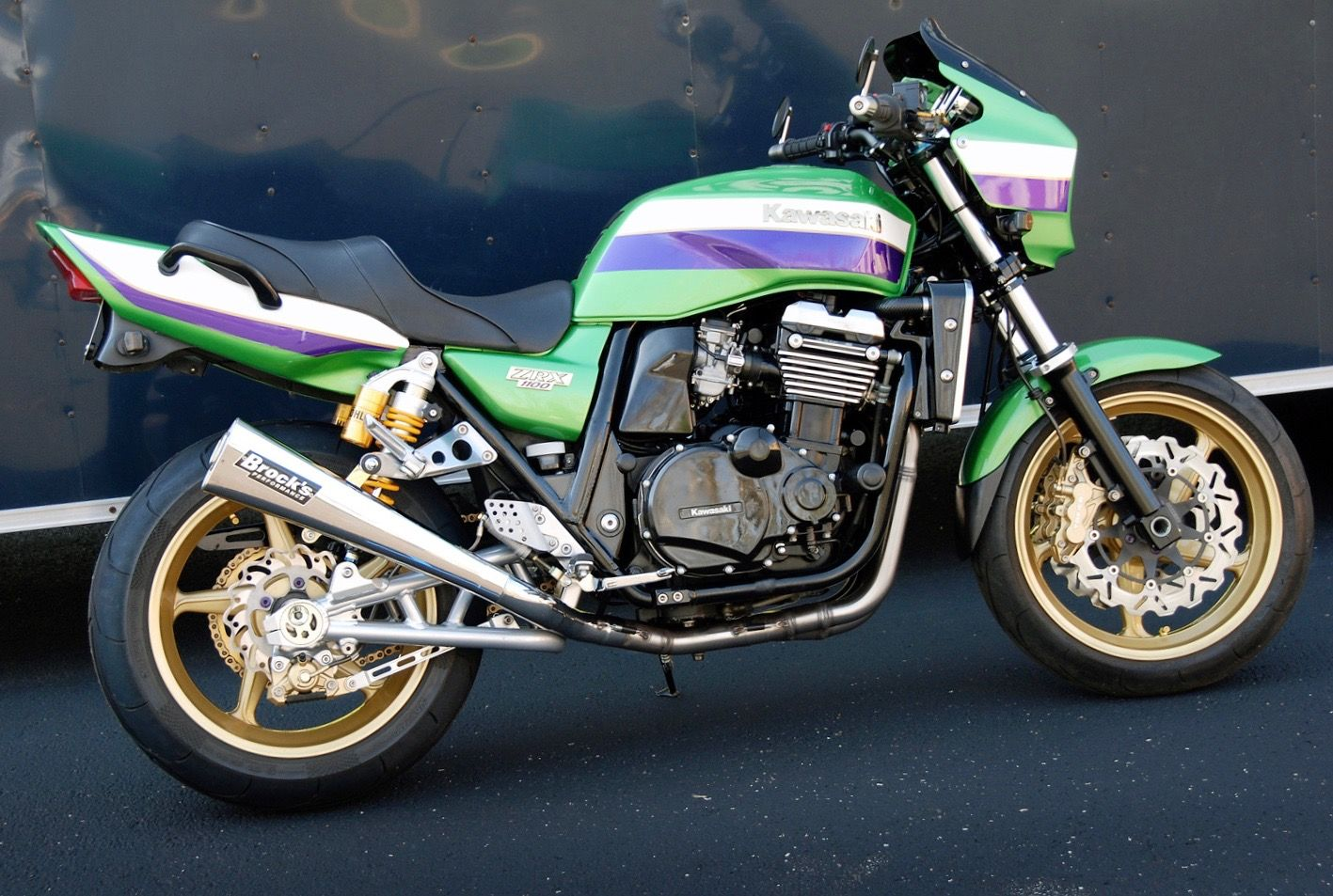 Kawasaki ZRX1100 in green - second Eddie Lawson Replica