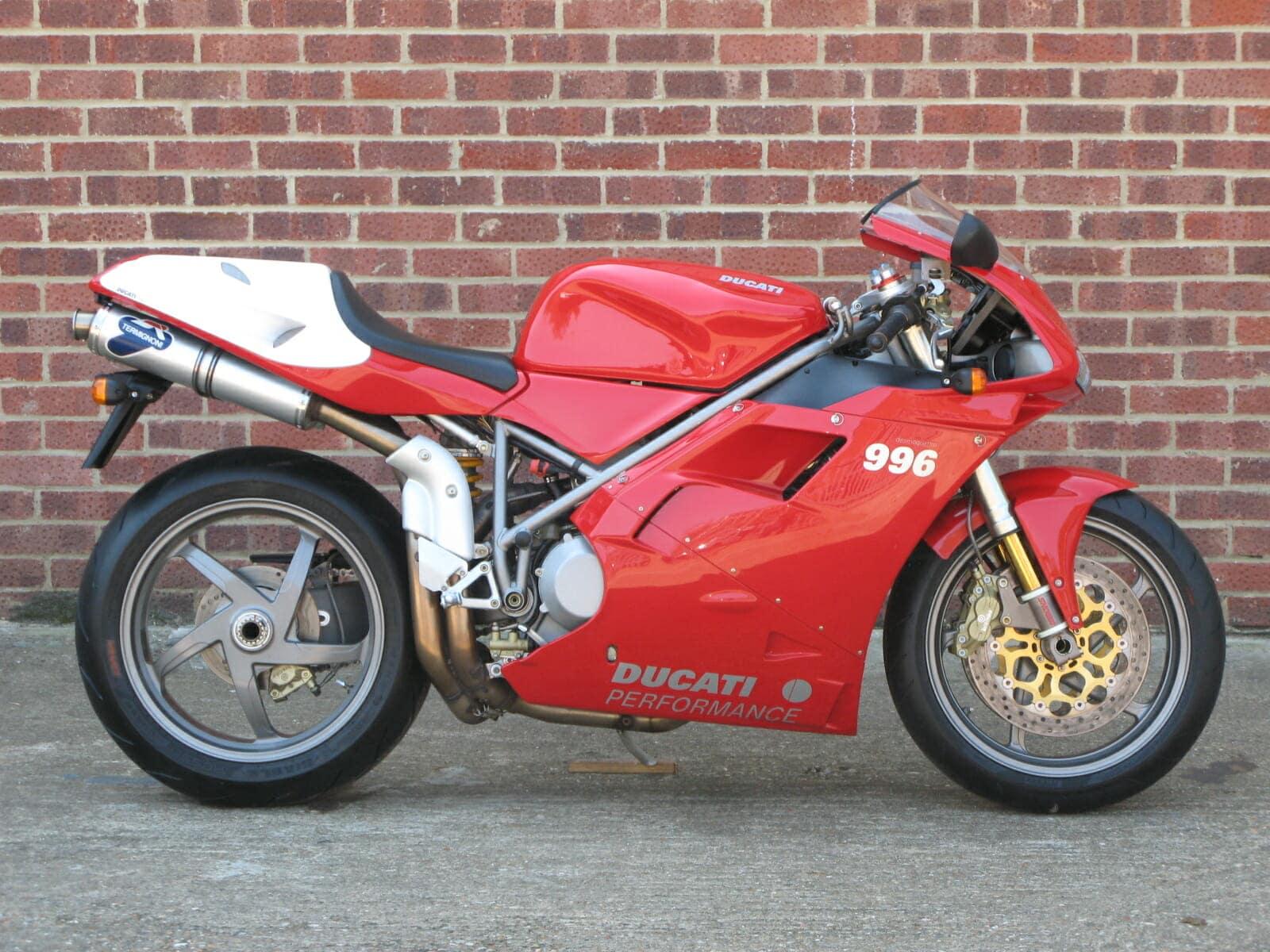 Ducati 996S - lighter Marchesini wheels