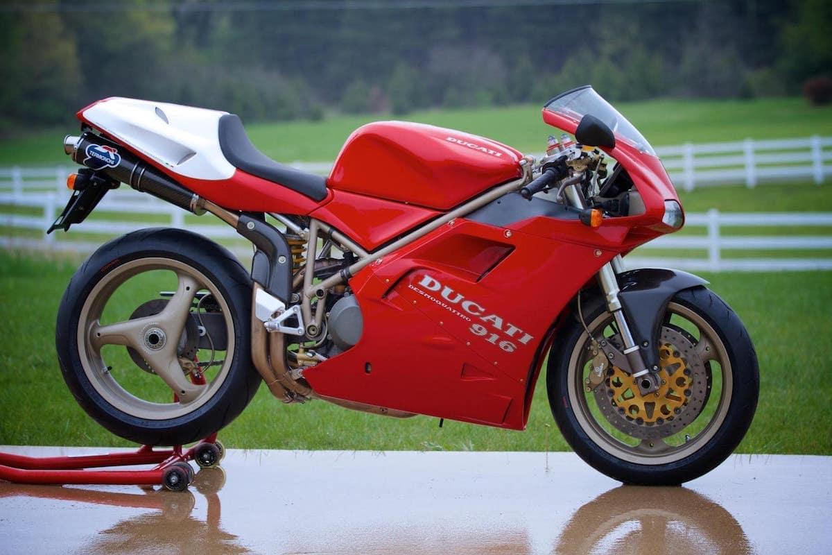 The Ducati 916 SPS - 996c motor