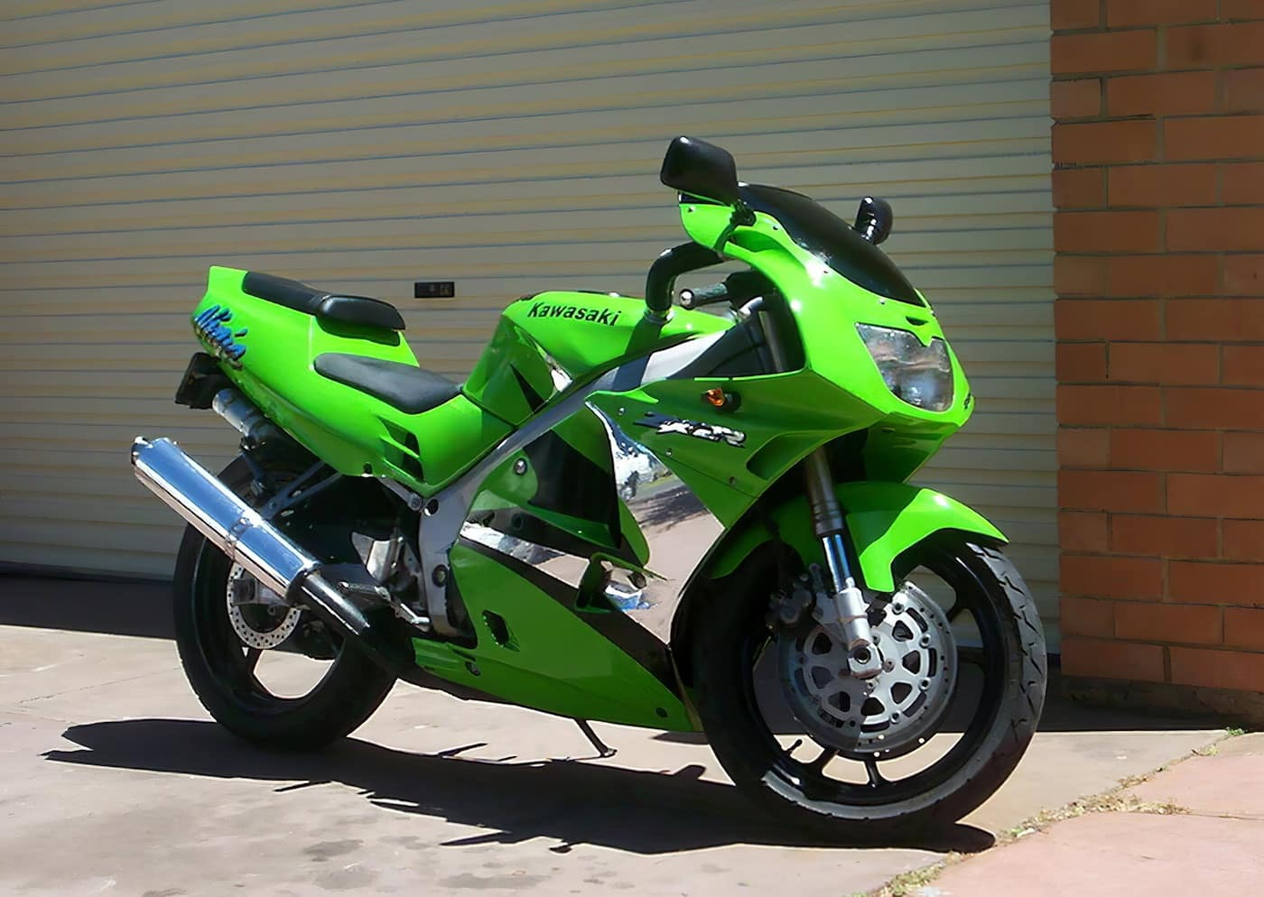 A great track day motorcycle is the Kawasaki ZX-2R, another 4-cylinder 250cc