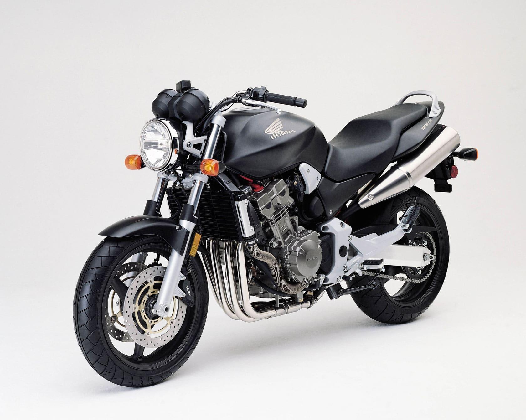 Honda Nighthawk 750 — never say die