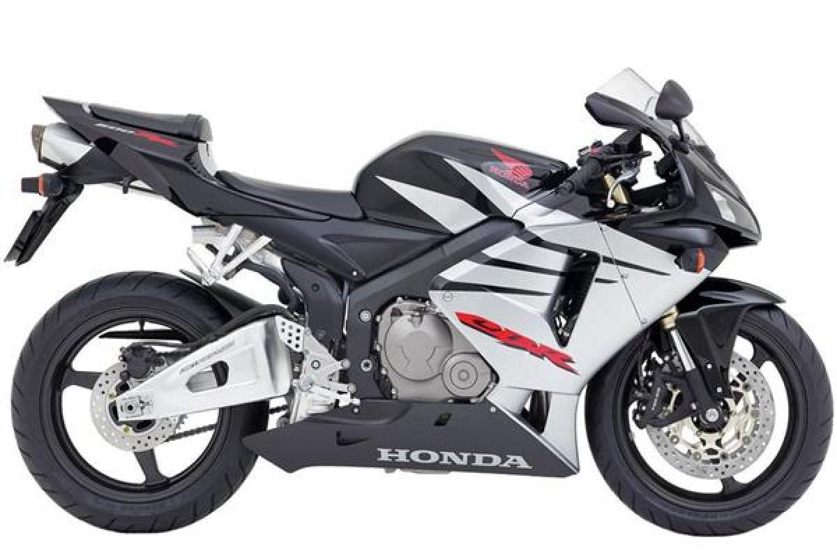 2005 Honda CBR600RR in black