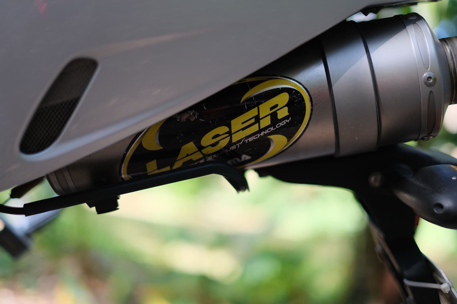 Laser exhaust system for BMW R1200S