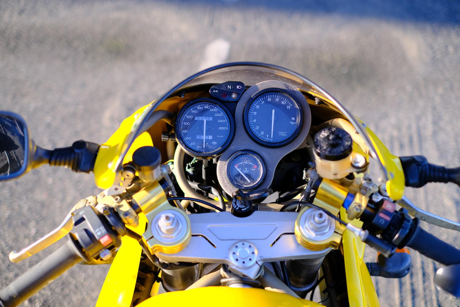 Cockpit of this Ducati Supersport 900 second gen, yellow
