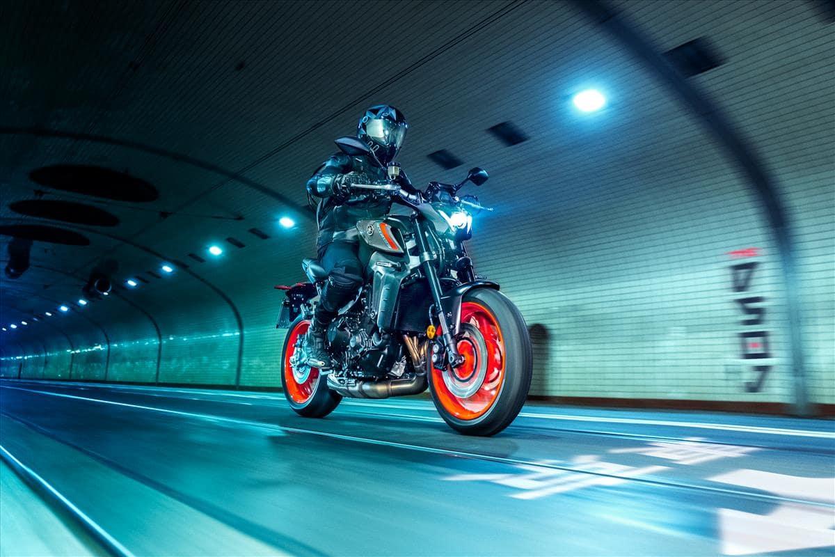 Lighting improvements Yamaha MT-09