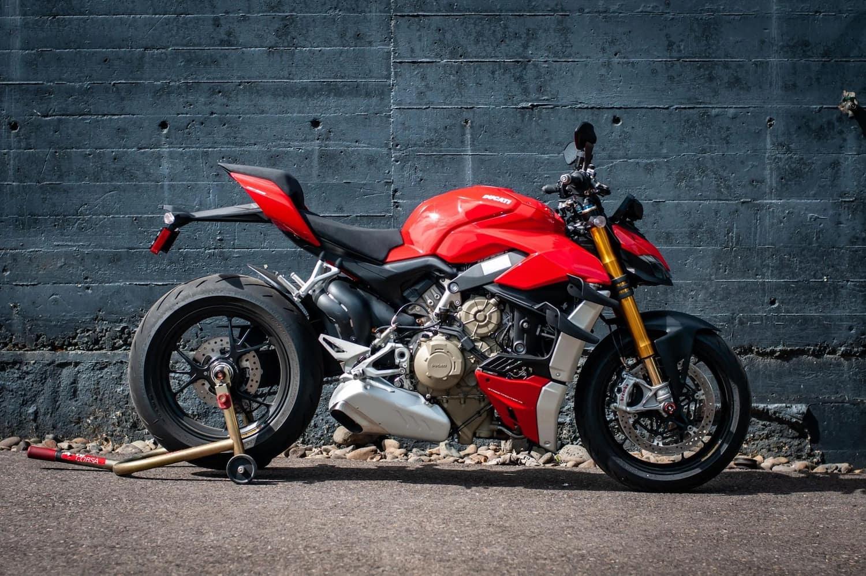 Ducati Streetfighter V4 S - alternative to S1000R