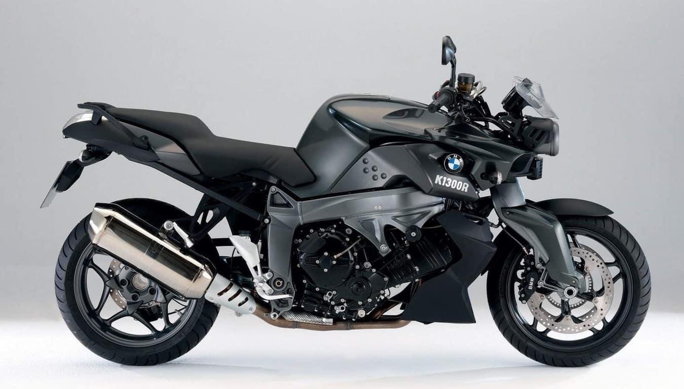 BMW K1300R in black