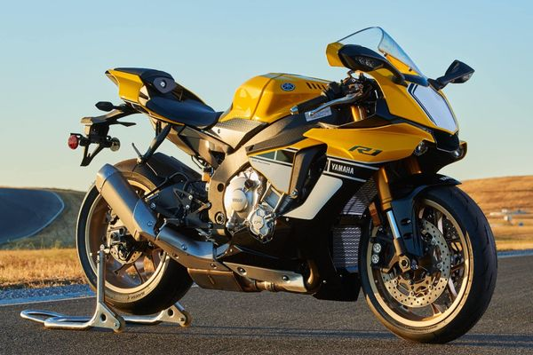 Yamaha R1 Buyer's Guide