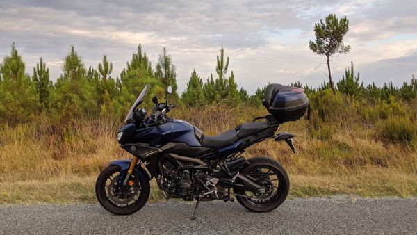 Yamaha Tracer 900/FJ-09 Review