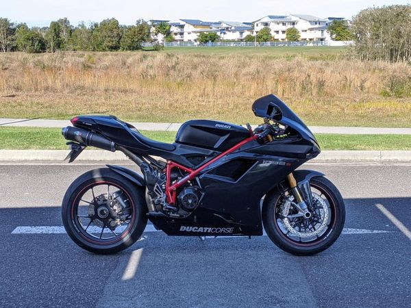 Review of the Ducati 1098S as a Daily Rider